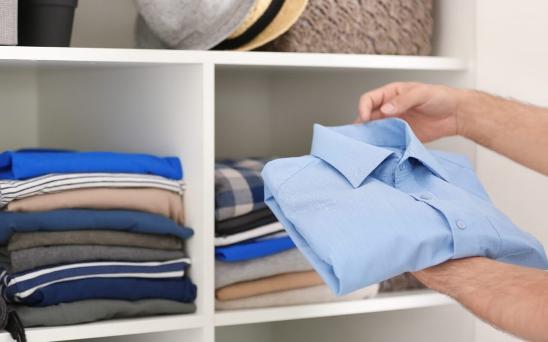 Organize Your Closet: 5 Simple Tips